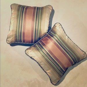 Decorative Accent Pillows (Set of 2)